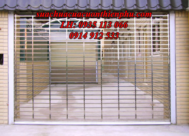 cửa cuốn lưới song ngang
